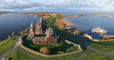 Кижи (Кижский погост), Россия