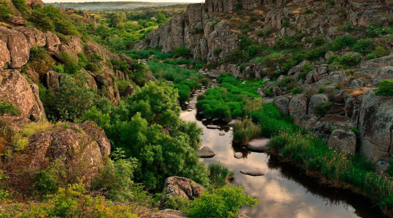 Актовский каньон (Aktov Canyon), Украина