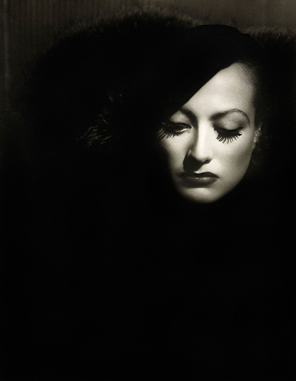 George Hurrell - Portrait of Joan Crawford in Letty Lynton