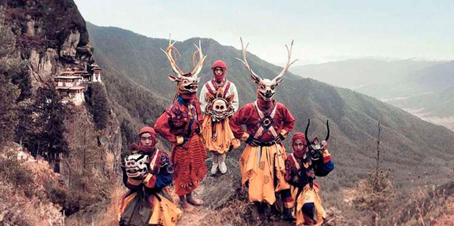 Jimmy Nelson Танцующие маски, Паро, Бутан