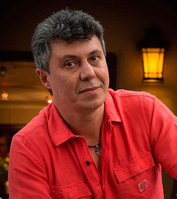 Михаил Шеваль (Michael Cheval) - художник